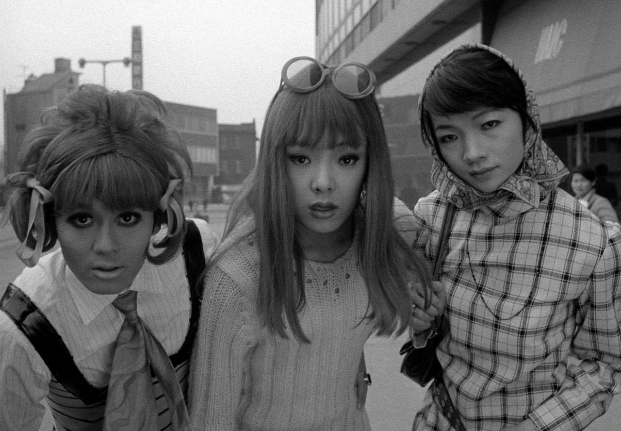 Funeral parade of roses - 2